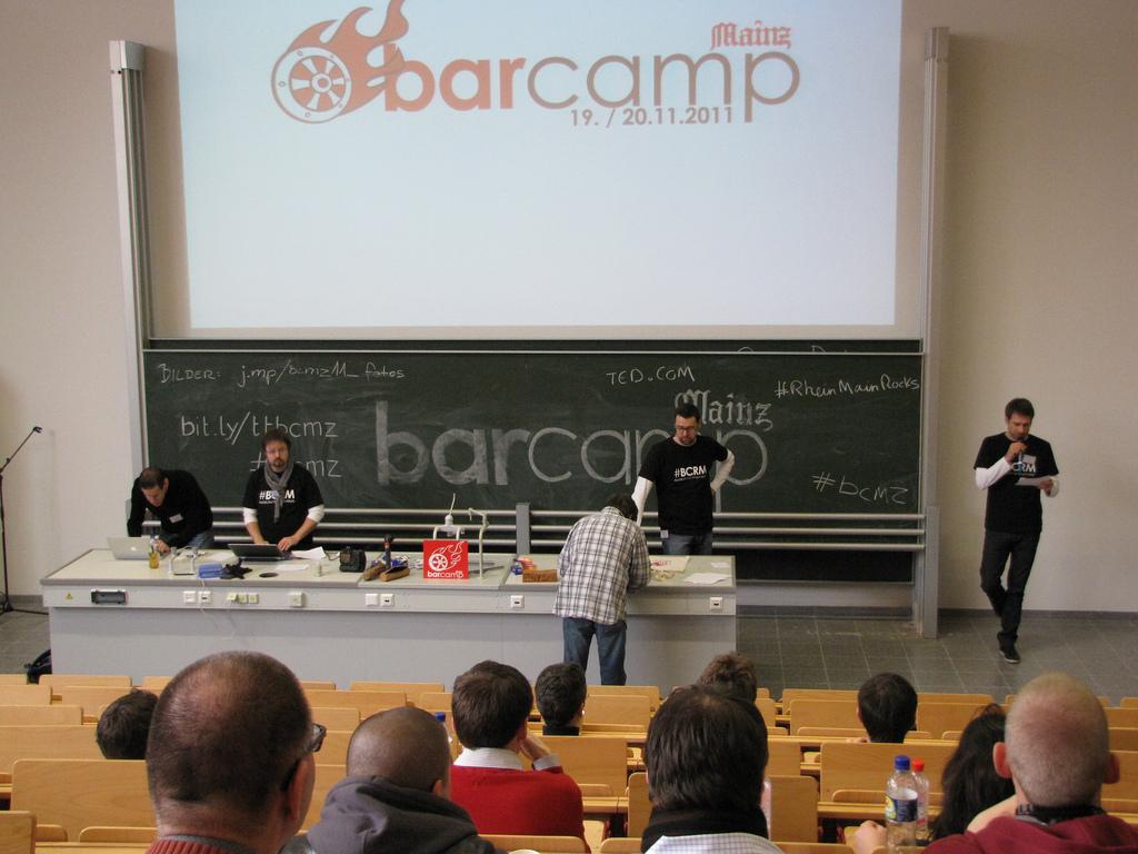 BarCamp Mainz 2011 – Fotos, Sessions, PR