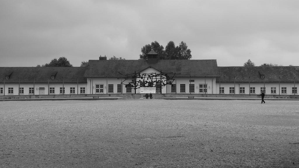 Aloha Friday Foto: KZ Dachau